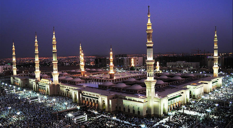 The prophet mosque is the best place to visit in Madinah